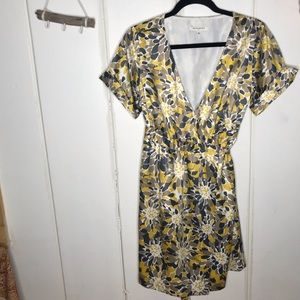 Banana Republic • silky wrap dress
